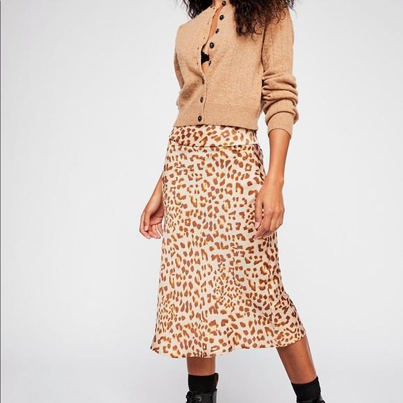Free People Dresses & Skirts - Free People Normani Bias Skirt. Size 8